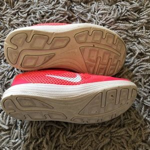 Nike Shoes - Nike revolution 3 girl toddler size 9 pink shoes
